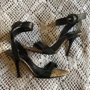 CATHY JEAN BRAZIL BLACK LEATHER SANDAL HEELS S-10